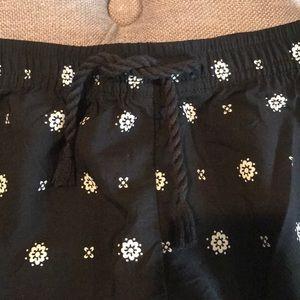 Old Navy Bottoms - Old navy girls shorts 10/12